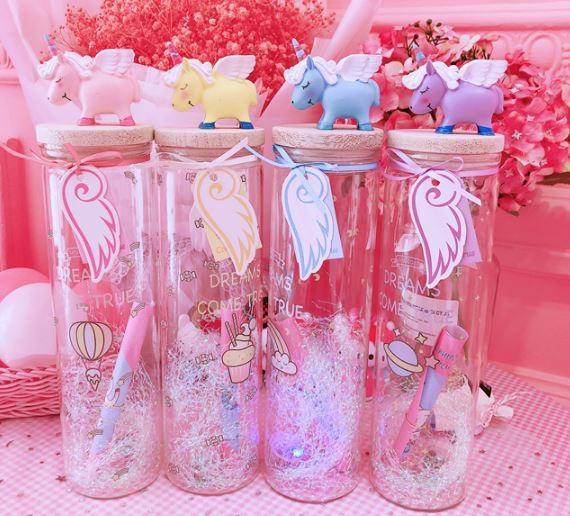 بطری آرزوها ی چراغدار با مجسمه یونیکورن