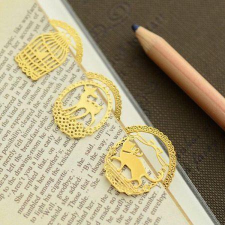 بوک مارک فلزی طلایی
