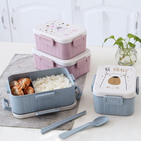 ست ظرف غذا دو قسمتی طرح حیوانات شامل یک عدد ظرف غذا قفل دار +چاپستیک +قاشق و چنگال