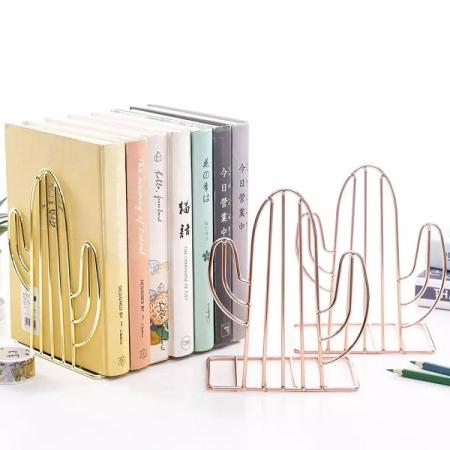 نگهدارنده فلزی کتاب طرح کاکتوس